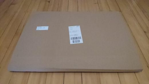 Paket mit Wandbild